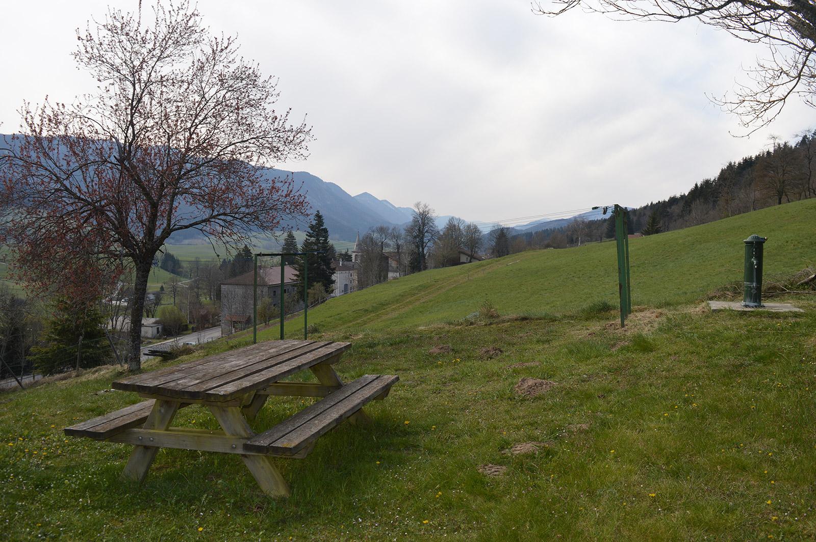 Table-picnic-vue-village